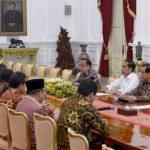 Ketua BPK Serahkan IHPS I Tahun 2019 kepada Presiden
