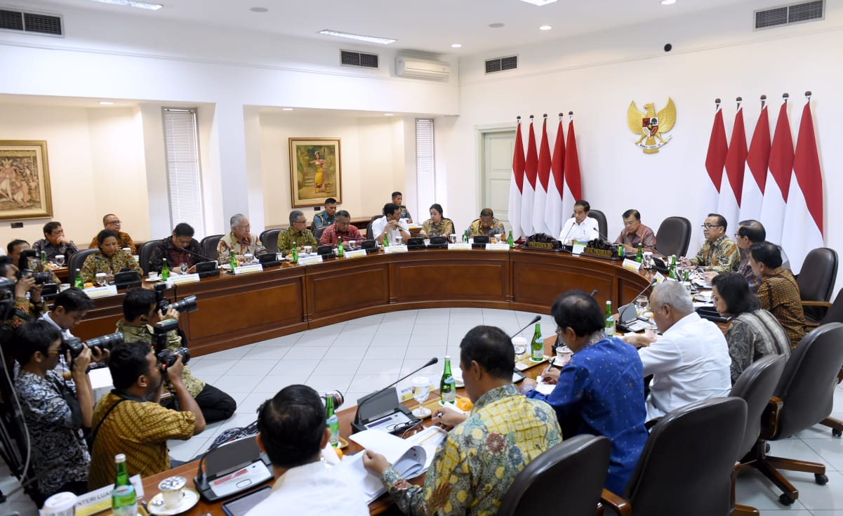 Presiden Bahas Langkah Antisipasi Pelambatan Ekonomi Global