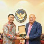 Bertemu Mantan Menhan Fiji, Menko Polhukam Bahas Papua dan Papua Barat