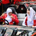 Khofifah Puji Mobil Listrik Karya Mahasiswa ITS