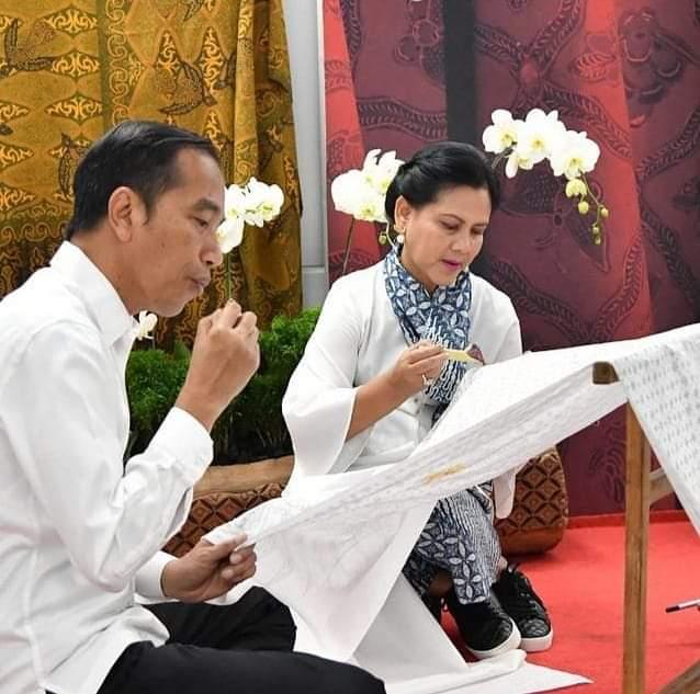 Presiden Apresiasi Pelestari dan Pengembangan Batik