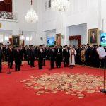 Presiden Lantik 12 Wamen di Istana