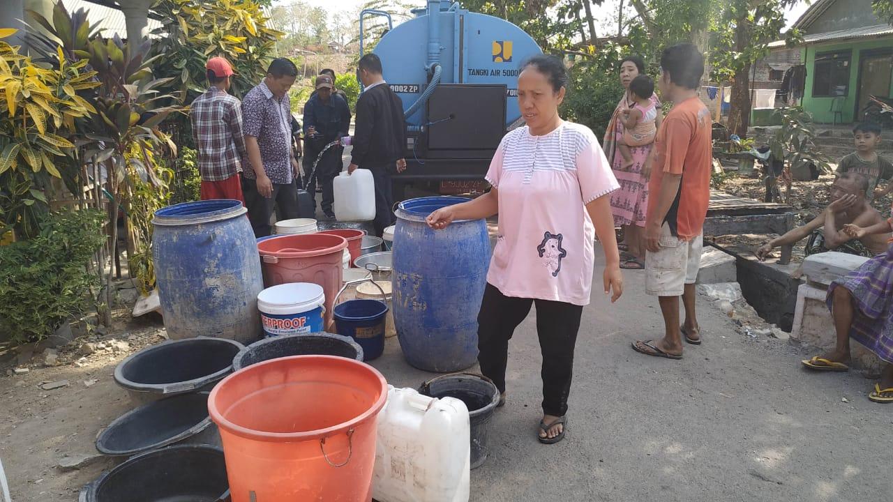 Warga Lereng Gunung Klotok Kesulitan Air Bersih