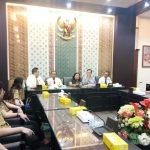 Pelajar SMAK St. Hendrikus Belajar Politik di Kantor DPRD Jatim