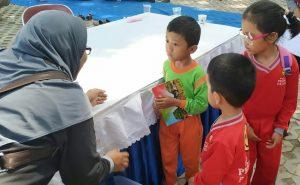 Pelajar Kediri Donasikan Buku Bacaan