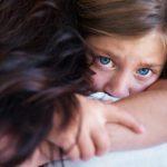 Pertolongan Pertama saat Anak Menyaksikan Bunuh Diri