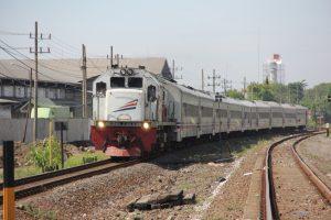 Antisipasi Kenaikan Jumlah Penumpang, Daop 8 Surabaya Tambah 6 Perjalanan Kereta Api
