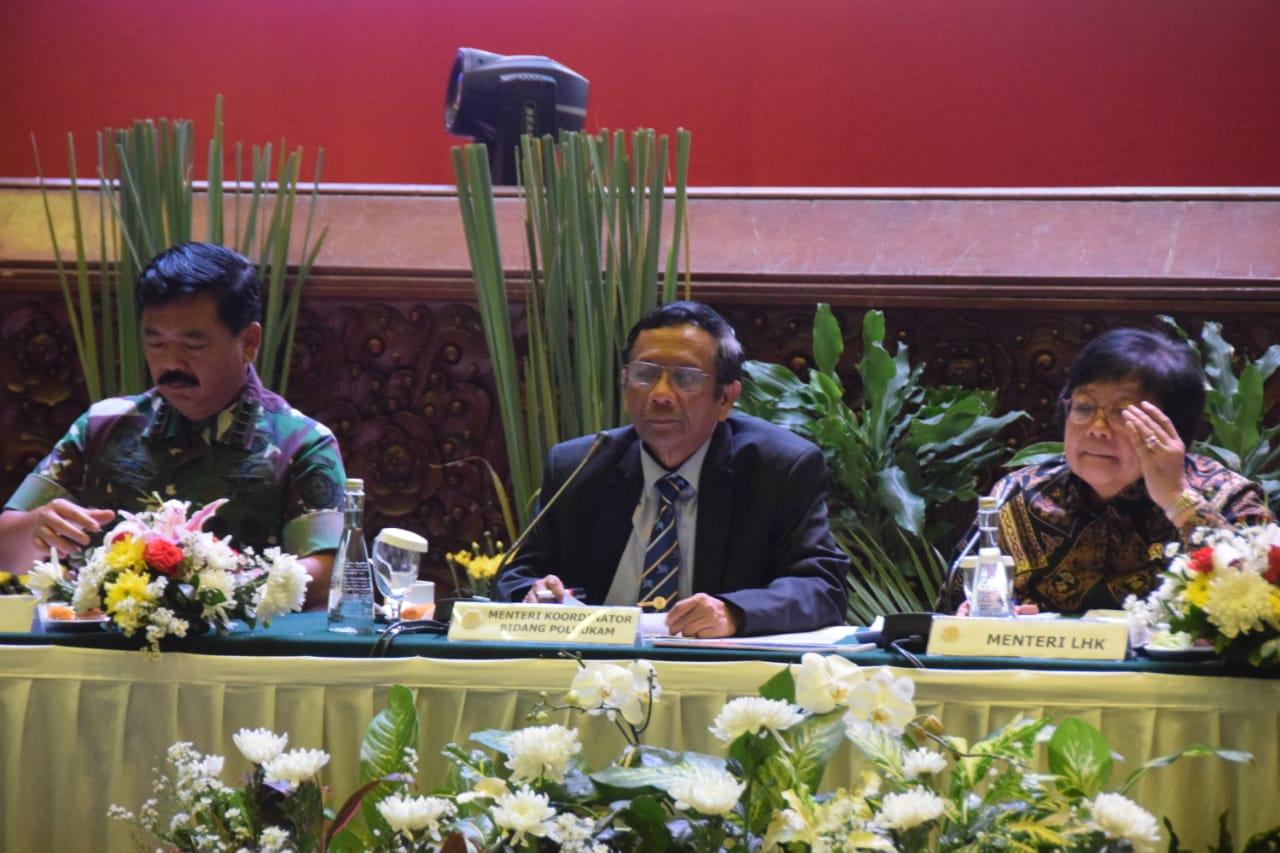Mahfud MD Ajak Seluruh Pihak Dukung Kampanye Antisipasi Karhutla