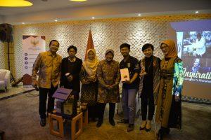 Risma Berbagi Cerita Selama Memimpin Surabaya dalam Forum Inspiration Day