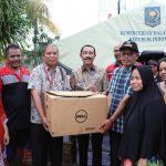 Kemendagri Salurkan Bantuan di Posko Banjir Karang Tengah