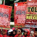 Tanggapan Kemenko Perekonomian Terkait Beredarnya Draft RUU Penciptaan Lapangan Kerja