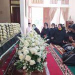 Khofifah Kenang Ibunda Presiden Jokowi Sosok Perempuan Low Profile dan Egaliter