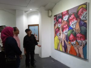 Lukisan Semua Orang Itu Guru Digelar di AJBS