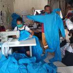Penjahit Kediri Sumbangkan APD ke Rumah Sakit