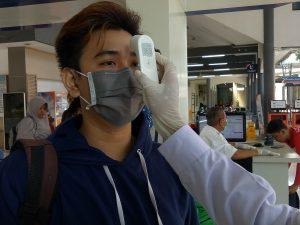 Risma Imbau Warga Kota Surabaya Tak Bepergian saat Liburan
