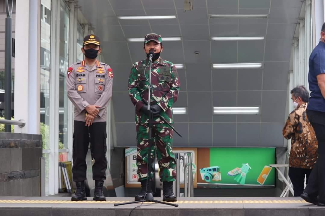 TNI dan Polri Dikerahkan Awasi 1.800 Titik Pendisiplinan Protokol Kesehatan