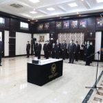 Lantik Pejabat Baru, Mahfud MD: Mari Kawal Protokol Kenormalan Baru