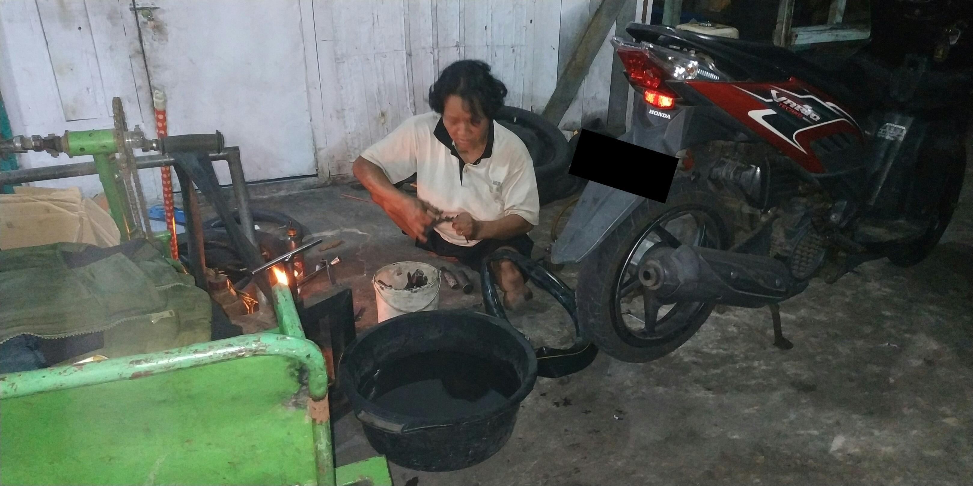 Perjuangan Pasutri Disabilitas di Tengah Himpitan Ekonomi