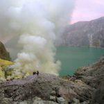 Kawah Ijen Kembali Dibuka, Pengunjung Dibatasi 50 Persen