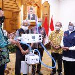 Pemprov Jatim Mendapat Bantuan Ventilator HFNC dari LIPI
