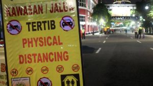 Surabaya Raya Berlakukan Kawasan Tertib Jaga Jarak dan Jam Malam