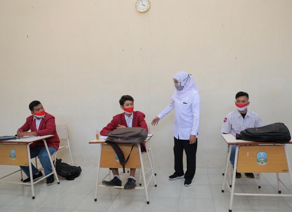 Pemprov Jatim Perluas Cakupan Pembelajaran Tatap Muka SMK