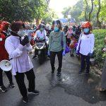 Risma Menyusuri Perkampungan hingga Perumahan Elit untuk Ingatkan Warga Disiplin Protokol Kesehatan