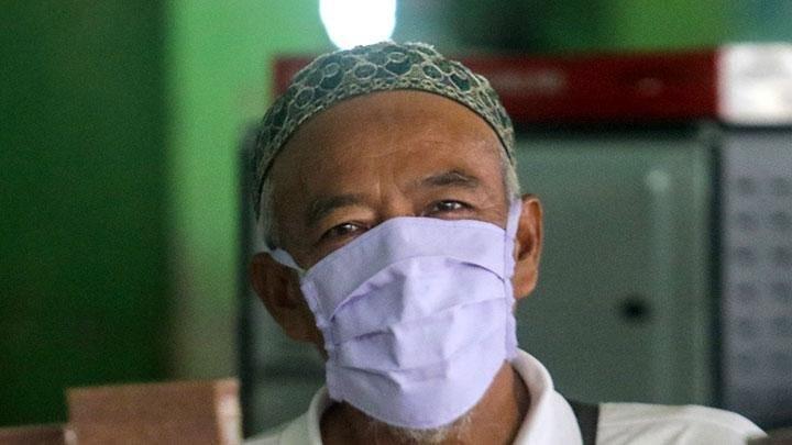 Cara Pemkot Surabaya Cegah Penularan Covid-19 di Kalangan Lansia