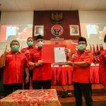 Eri Cahyadi – Armuji Teken Komitmen Politik dan Pemerintahan