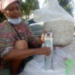 Kisah Titik Penjual Brondong. Orang Tua Tunggal, Anak di PHK