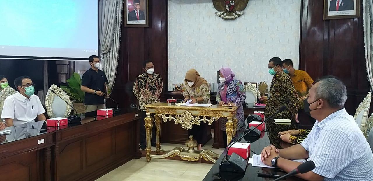 KPK Saksikan Penyerahan PSU Senilai Rp46,7 Miliar kepada Pemkot Surabaya