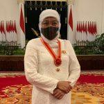 Khofifah Terima Anugerah Bintang Mahaputera Utama dari Presiden