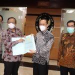 Komnas HAM Serahkan Hasil Investigasi Kasus Intan Jaya pada Mahfud MD