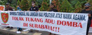 Warga Surabaya Tolak Rizieq Shihab