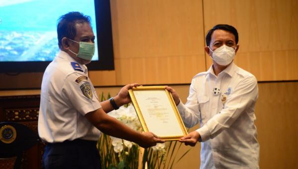 Kemenhub Resmi Serahkan Sertifikat Pesawat N219 Kepada PT Dirgantara Indonesia