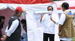 Presiden Kunjungi Posko Pengungsian Mamuju