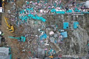 Penyebab dan Sejarah Gempa di Majene
