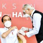 Vaksin Perdana Presiden Bukti Rakyat Tak Perlu Khawatir