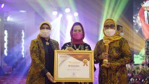 Koperasi SBW Malang Raih Penghargaan 100 Koperasi Besar Indonesia