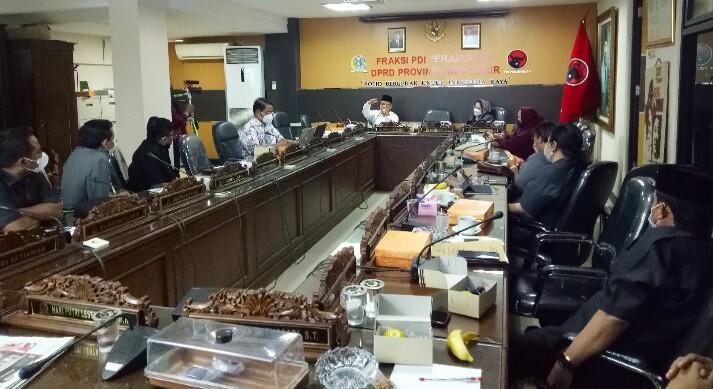 PDI Perjuangan Jatim Kawal Raperda Pengembangan Pondok Pesantren