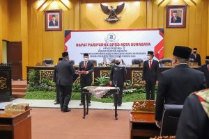 DPRD Surabaya Gelar Rapat Paripurna Sertijab Wali Kota