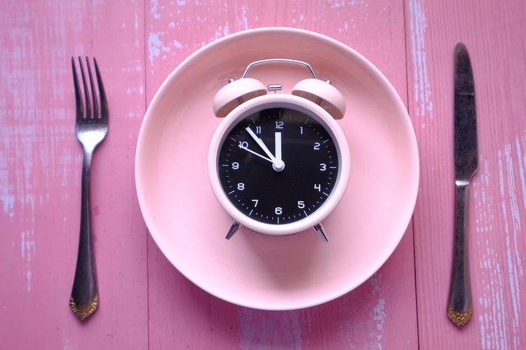 Tips agar Tidak Mudah Lapar dan Dehidrasi saat Puasa