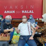 Indah Kurnia Kawal Pelaksanaan Vaksinasi Covid-19 untuk Pekerja Seni Surabaya