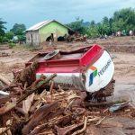 PDI Perjuangan Bersama BNPB dan Basarnas Tangani Korban Banjir Bandang NTT