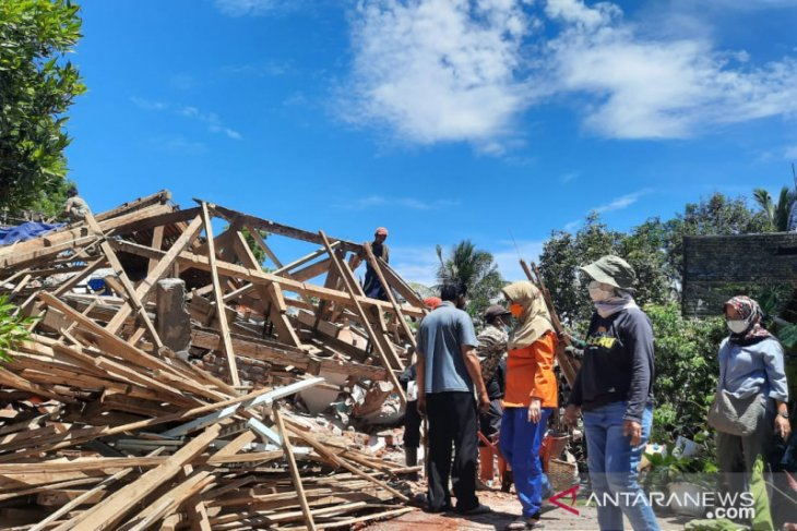 Sebanyak 2.511 Rumah di Lumajang Rusak Akibat Gempa