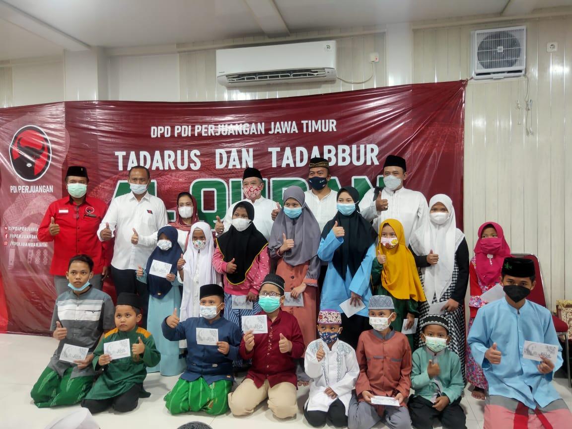 Berbagi Kebaikan Ramadan, Banteng Jatim Santuni Anak Yatim