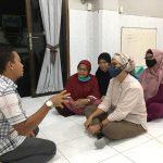 Malam Lailatul Qadar, Indah Kurnia Sambangi Masjid Al Barokah Surabaya
