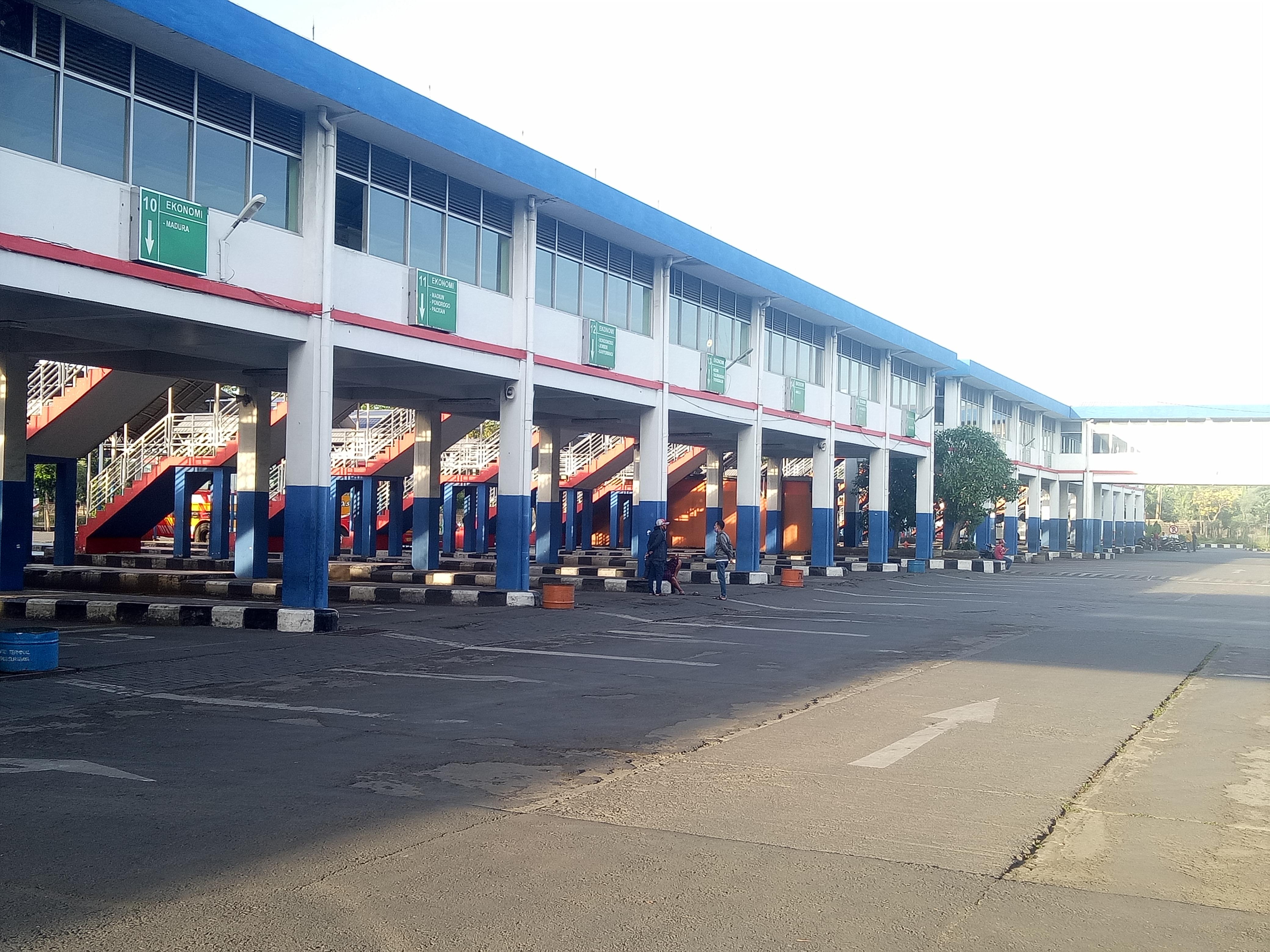 H-1 Lebaran, Begini Situasi Terminal Purabaya