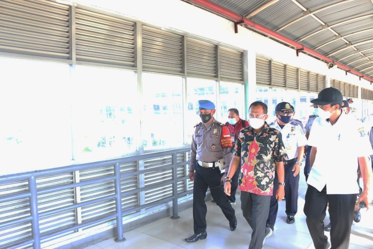 Jelang Pemberlakuan Larangan Mudik, Armuji Tinjau Stasiun hingga Terminal