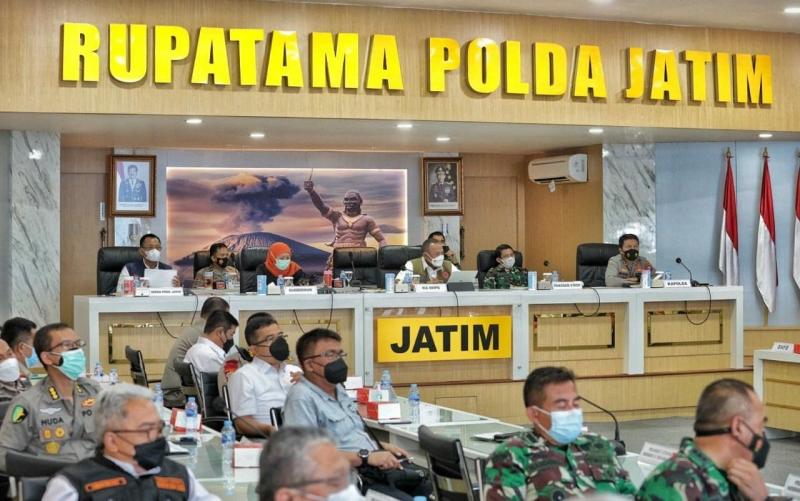 Tujuh Bupati Wali Kota di Jatim Paparkan Kondisi Penanganan Covid-19